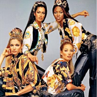 6129a3f12f093 Gianni Versace  stilista per eccellenza – The Fashion Colors