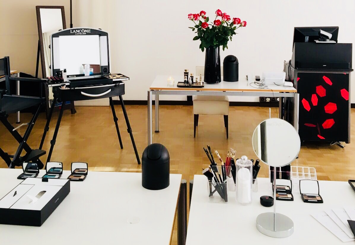 MAKE UP SCHOOL LANCÔME